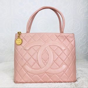 🌸OFFERS🌸Chanel Quilted Leather Blush Pink Purse
